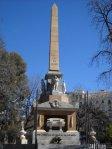 Obelisco conmemorativo situado en el Parque de El Retiro