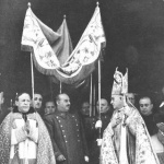 Francisco Franco bajo un palio