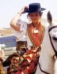 La Infanta Elena, a caballo, y con el tradicional sombrero cordobés