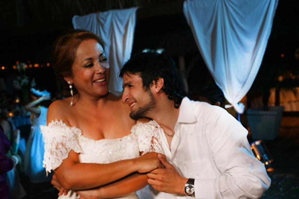 Rodrigo y su madre, Vilma